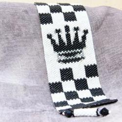 Chess Black Queen Beadwoven peyote stitch bracelet