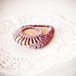 Unique Wedding favor. Lavender pink lace bead covered sea stone. Bachelorette party favors Home/ Office geometric decor tbteam